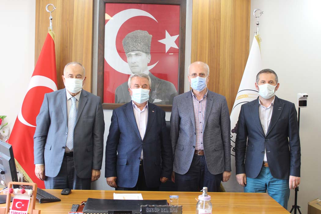 İlahiyat Fakültesi Dekanı Prof. Dr. Abdüsselam ARI' dan Belediye Başkanımıza ziyaret…